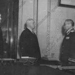 К.Е.Ворошилов вручает Городовикову О.И. орден Ленина. г. Москва, 1959 г.